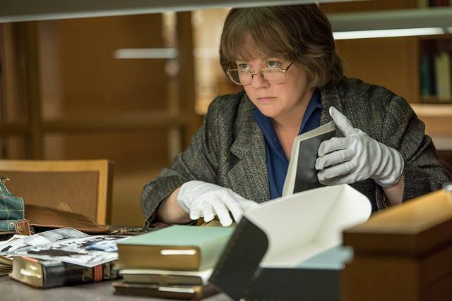 Can You Ever Forgive Me Melissa McCarthy foto dal film 6