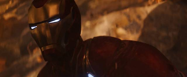 Avengers - Infinity War Robert Downey Jr foto dal film 1