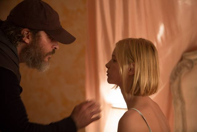 A Beautiful Day - You Were Never Really Here Ekaterina Samsonov Joaquin Phoenix foto dal film 12