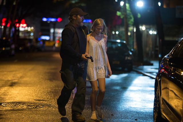 A Beautiful Day - You Were Never Really Here Ekaterina Samsonov Joaquin Phoenix foto dal film 2