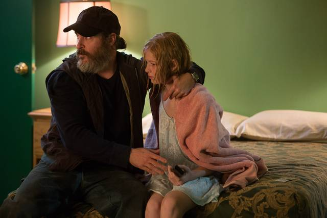 A Beautiful Day - You Were Never Really Here Ekaterina Samsonov Joaquin Phoenix foto dal film 5