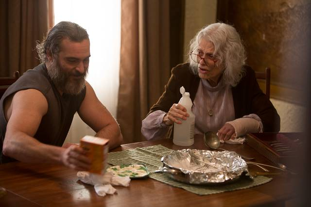 A Beautiful Day - You Were Never Really Here Joaquin Phoenix Judith Roberts foto dal film 2