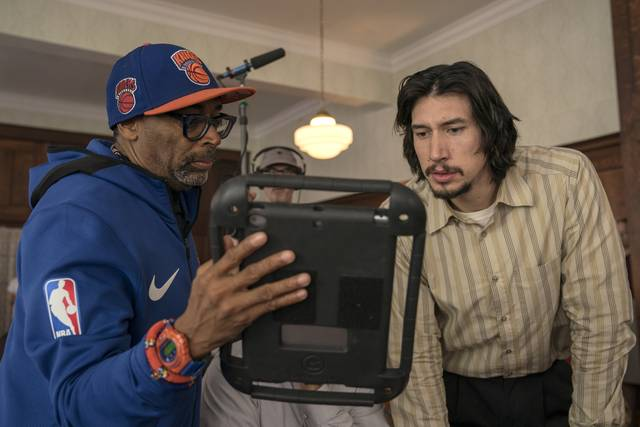 BlacKkKlansman_Adam Driver Spike Lee_foto dal set del film 1