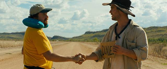 Dundee - The Son of a Legend Returns Home Danny McBride Chris Hemsworth foto dal film 1