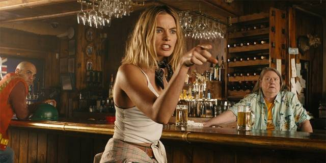 Dundee - The Son of a Legend Returns Home Margot Robbie foto dal film 1
