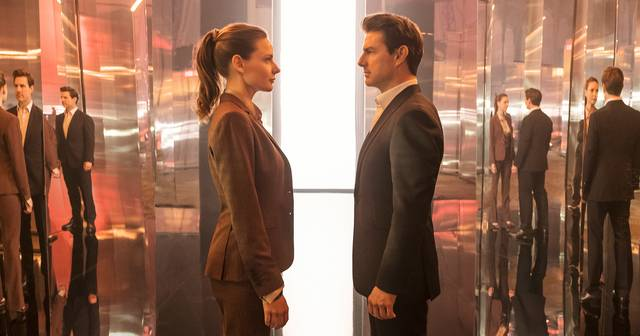 Mission Impossible - Fallout Tom Cruise Rebecca Louisa Ferguson foto dal film 11