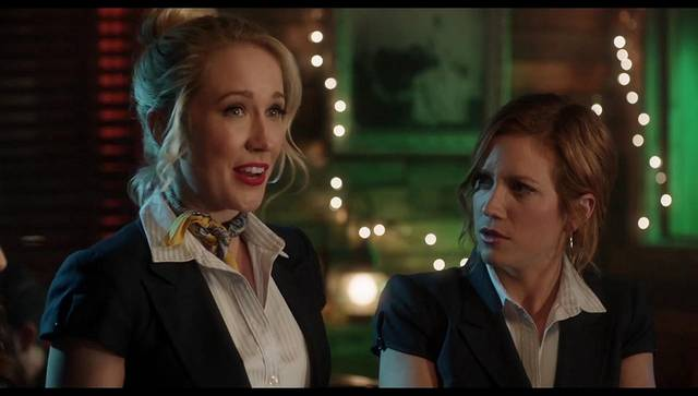 Pitch Perfect 3 Brittany Snow Anna Camp foto dal film 10