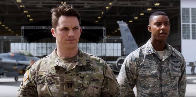 Pitch Perfect 3 Matt Lanter Troy Ian Hall foto dal film 15