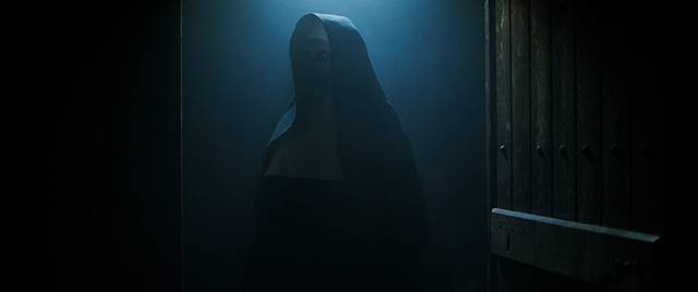 The Nun – La vocazione del male Bonnie Aarons foto dal film 3