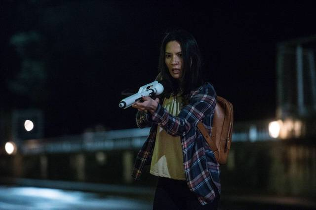 The Predator Olivia Munn foto dal film 4