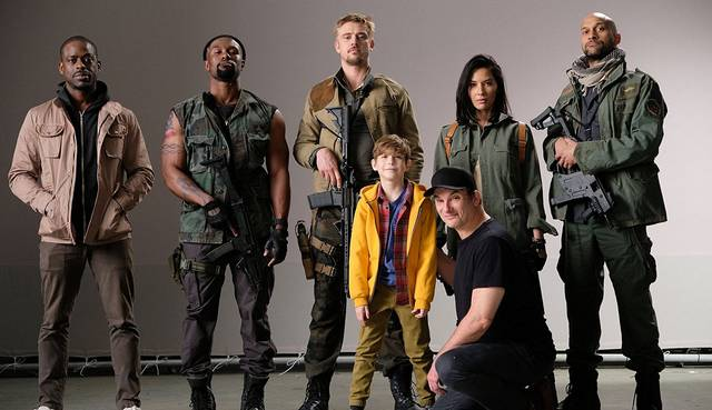 The Predator Shane Black Keegan-Michael Key Sterling K. Brown Olivia Munn Boyd Holbrook Jacob Tremblay Trevante Rhodes foto promozionale 1