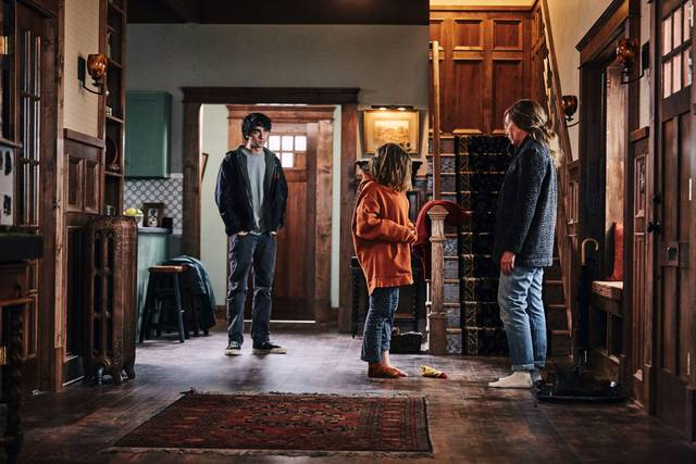 Hereditary Toni Collette Alex Wolff Milly Shapiro foto dal film 2