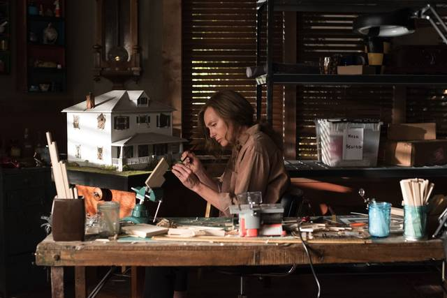 Hereditary Toni Collette foto dal film 4
