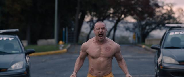 Glass James McAvoy foto dal film 2