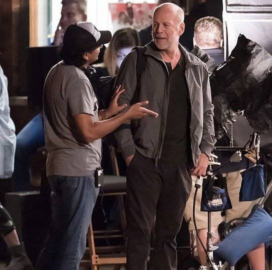 Glass Bruce Willis M. Night Shyamalan foto dal set del film 1