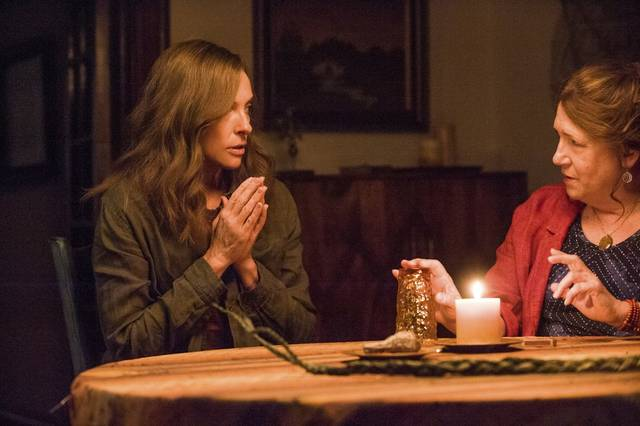 Hereditary Toni Collette Ann Dowd foto dal film 4