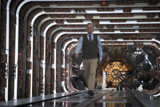 Ant-Man and the Wasp Michael Douglas foto dal film 2