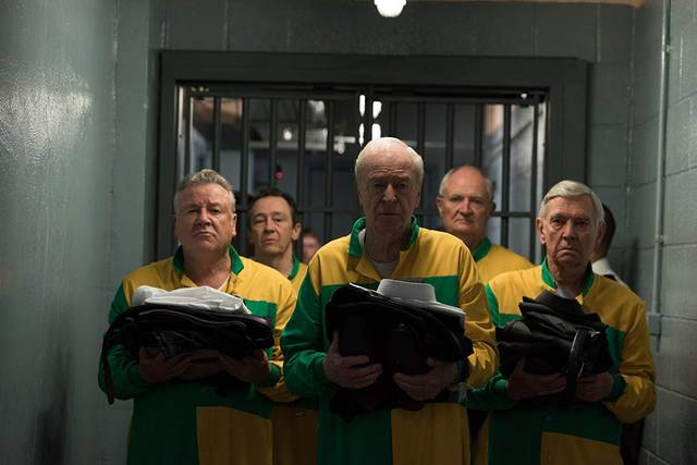 King of Thieves Michael Caine Jim Broadbent Tom Courtenay Paul Whitehouse Ray Winstone foto dal film 1
