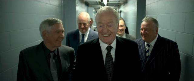 King of Thieves Michael Caine Jim Broadbent Tom Courtenay Paul Whitehouse Ray Winstone foto dal film 2
