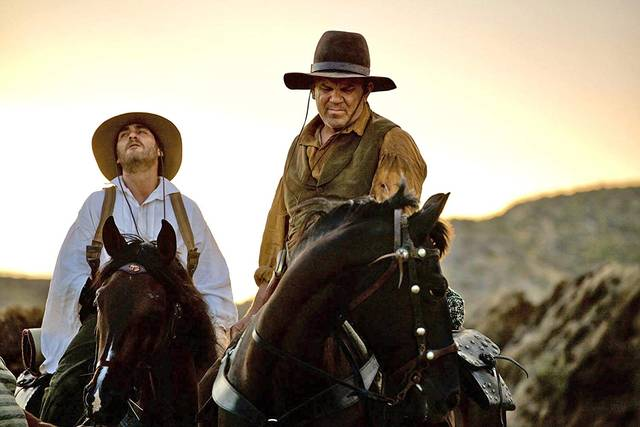 The Sisters Brothers John C. Reilly Joaquin Phoenix foto dal film 3