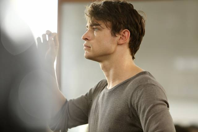New York Academy - Free Dance Thomas Doherty foto dal film 1