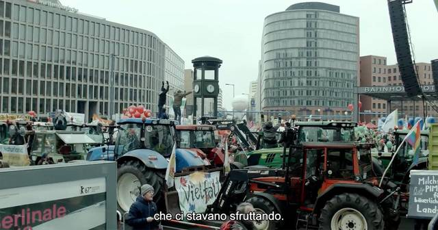 The milk system film documentario foto 65