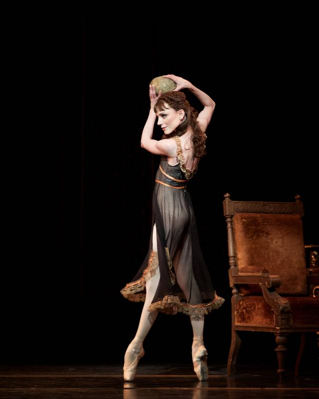 Mayerling. Sarah Lamb as Mary Vetsera. (c) ROH, 2017. Photographed by Alice Pennefather foto 4