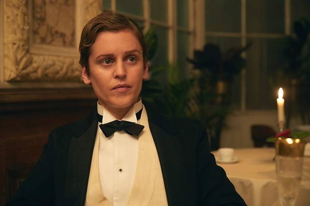 Colette Denise Gough foto dal film 1