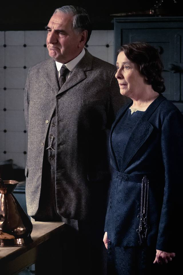 Downton Abbey Jim Carter Phyllis Logan foto dal film 2