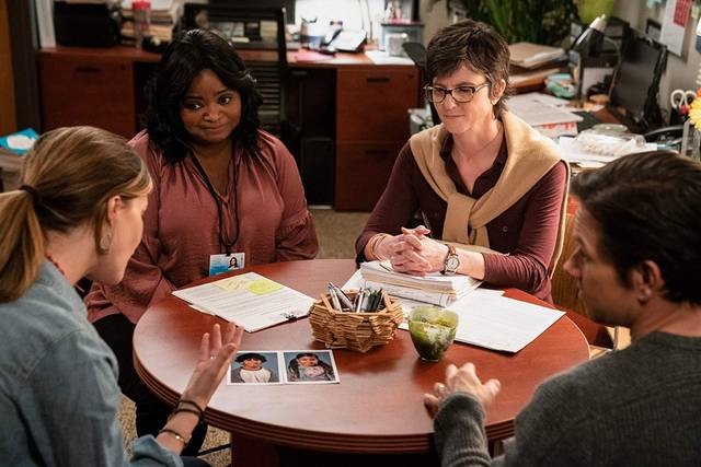 Instant Family Mark Wahlberg Rose Byrne Tig Notaro Octavia Spencer foto dal film 1