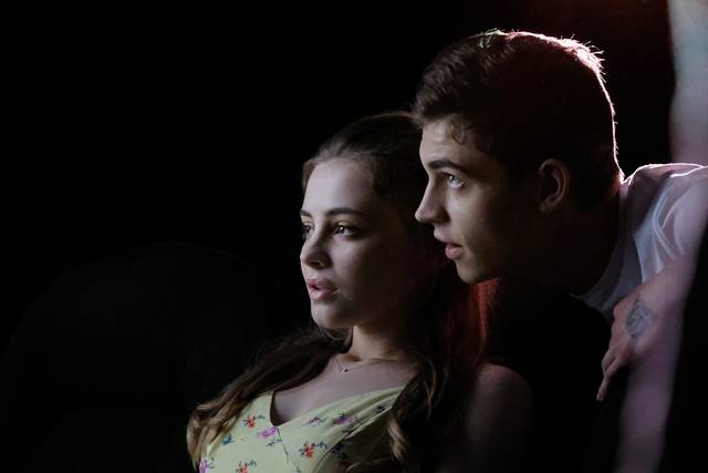 After Josephine Langford Hero Fiennes-Tiffin foto dal film 1