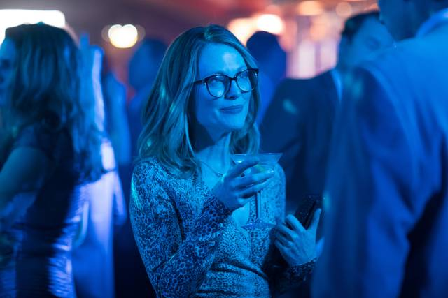 Gloria Bell Julianne Moore foto dal film 13