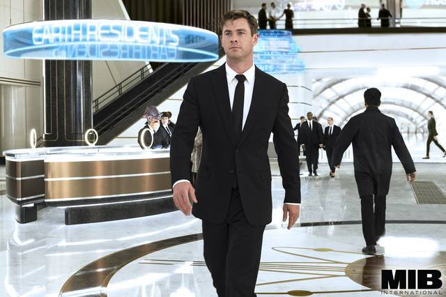Men in Black International Chris Hemsworth foto dal film 8