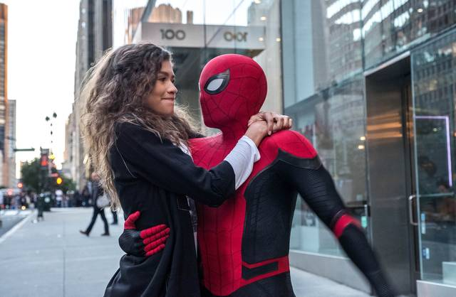 Spider-Man Far From Home_Tom Holland Zendaya_foto dal film 3