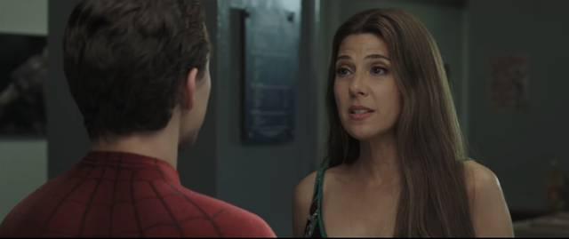 Spider-Man Far From Home Marisa Tomei Tom Holland foto dal film 1