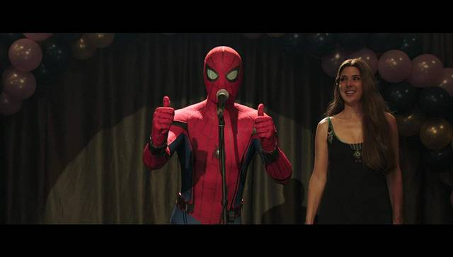 Spider-Man Far From Home Marisa Tomei Tom Holland foto dal film 3
