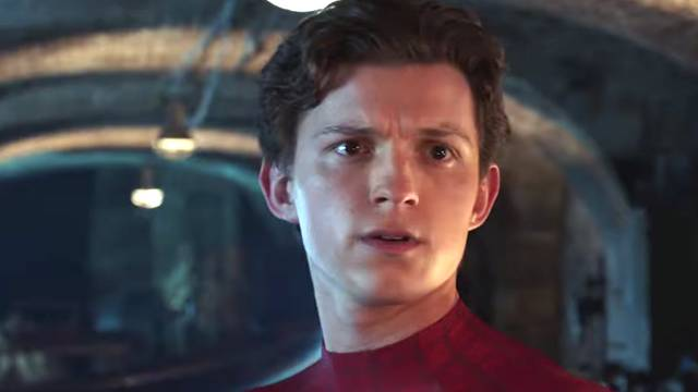 Spider-Man Far From Home Tom Holland foto dal film 13