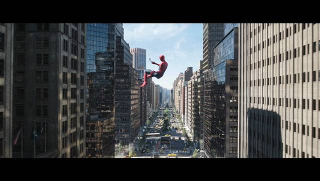 Spider-Man Far From Home Tom Holland foto dal film 15
