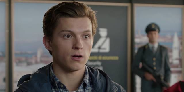 Spider-Man Far From Home Tom Holland foto dal film 18