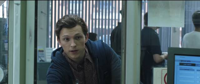 Spider-Man Far From Home Tom Holland foto dal film 7