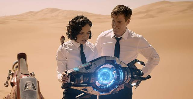 Men in Black International Chris Hemsworth Tessa Thompson foto dal film 4