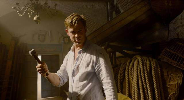 Men in Black International Chris Hemsworth foto dal film 3