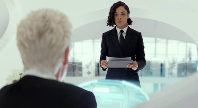 Men in Black International Emma Thompson Tessa Thompson foto dal film 2