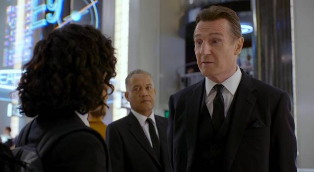 Men in Black International Liam Neeson foto dal film 2