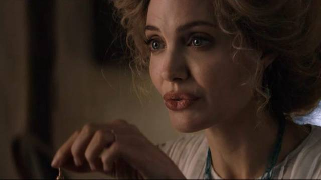 Come Away Angelina Jolie foto dal film 1