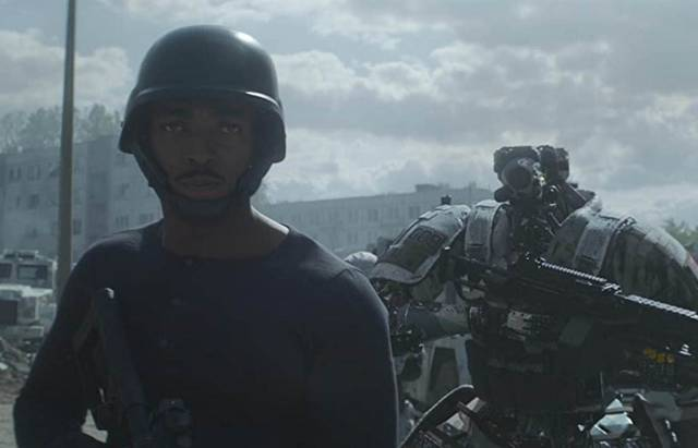 Outside the Wire Anthony Mackie foto dal film 6