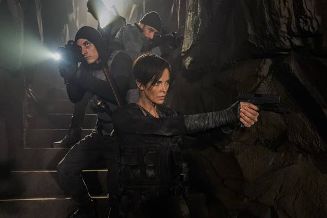 The Old Guard Charlize Theron foto dal film 1