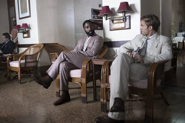 Tenet_John David Washington Robert Thomas Pattinson_foto dal film 5