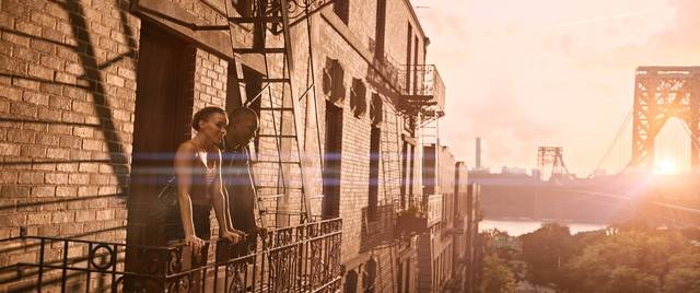In the Heights - Sognando a New York_Corey Hawkins Leslie Grace_foto dal film 4