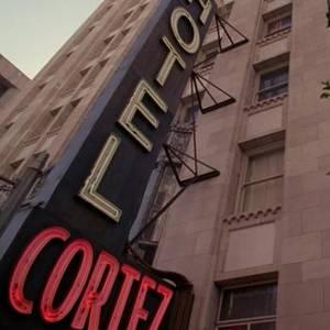 Benvenuti all'Hotel Cortez